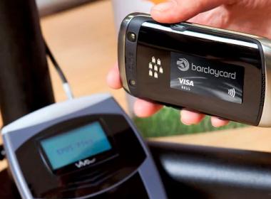 Công nghệ Ingenico cho phép khách hàng thanh toán trực tuyến bằng thẻ không tiếp xúc - Máy in thẻ nhựa, máy dập nổi, đầu đọc thẻ nhựa