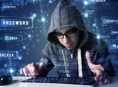 Hacker quảng cáo dữ liệu đánh cắp trên YouTube - MK