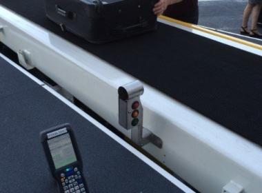 Hành lý máy bay được gắn thẻ RFID, dễ theo dõi hơn?? - MK