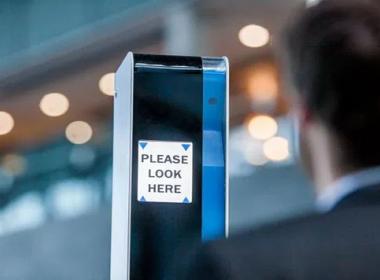 New Zealand thử nghiệm kiosk sinh trắc học tại sân bay - Máy in thẻ nhựa, máy dập nổi, đầu đọc thẻ nhựa