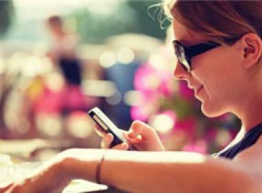 Người Trung Quốc ngày càng ưa chuộng đọc báo trên các thiết bị di động - Máy in thẻ nhựa, máy dập nổi, đầu đọc thẻ nhựa