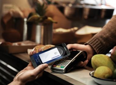 Samsung Pay cuối cùng đã cập bến Anh Quốc. - Máy in thẻ nhựa, máy dập nổi, đầu đọc thẻ nhựa