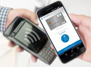 Thanh toán thẻ sẽ sớm vượt qua thanh toán tiền mặt tại Anh - Máy in thẻ nhựa, máy dập nổi, đầu đọc thẻ nhựa
