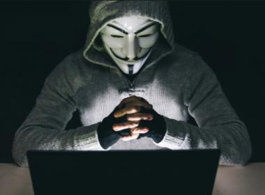 Trung Quốc quy định cụ thể các hình phạt đối với hành vi xâm phạm thông tin cá nhân - Máy in thẻ nhựa, máy dập nổi, đầu đọc thẻ nhựa