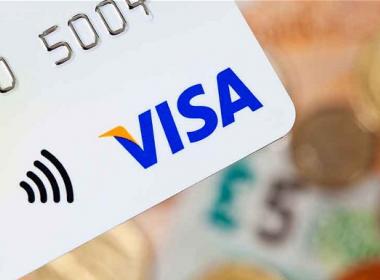 Tỷ lệ thanh toán thẻ Visa không tiếp xúc hiện nay lên tới 20% - Máy in thẻ nhựa, máy dập nổi, đầu đọc thẻ nhựa