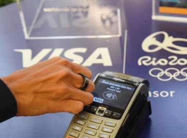 Visa thử nghiệm thanh toán bằng nhẫn tại Olympic 2016 - Máy in thẻ nhựa, máy dập nổi, đầu đọc thẻ nhựa