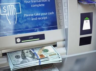 Kẻ gian dùng xe tải đánh cắp ATM tại Chicago - MK