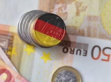 Đức: Tiền mặt vẫn đang thống trị thời đại dịch COVID - Máy in thẻ nhựa, máy dập nổi, đầu đọc thẻ nhựa