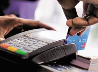 Người tiêu dùng Mỹ thích dùng thẻ tín dụng mua hàng dưới 10 USD - Máy in thẻ nhựa, máy dập nổi, đầu đọc thẻ nhựa