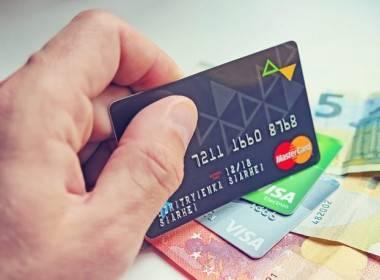 Ứng dụng thanh toán kỹ thuật số ngày càng trở nên quan trọng hơn - Máy in thẻ nhựa, máy dập nổi, đầu đọc thẻ nhựa