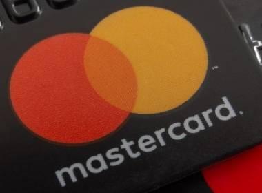 Mastercard chính thức loại bỏ dải từ trên thẻ - Máy in thẻ nhựa, máy dập nổi, đầu đọc thẻ nhựa