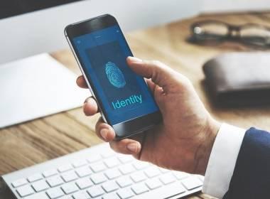 Đức ra mắt dịch vụ ID điện thoại thông minh - Máy in thẻ nhựa, máy dập nổi, đầu đọc thẻ nhựa