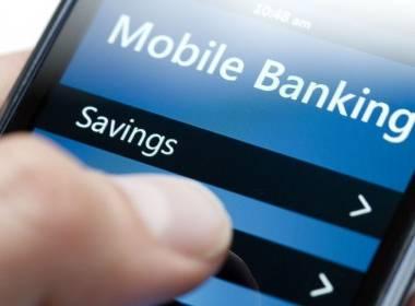 Người dùng Mỹ thích dùng Ngân hàng di động và trực tuyến - MK