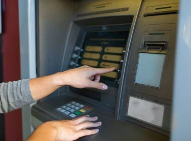 Báo cáo: Hầu hết các máy ATM đều dễ bị tấn công - MK