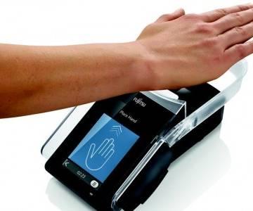 Aeon và Fujitsu thí điểm thanh toán tĩnh mạch bàn tay - MK