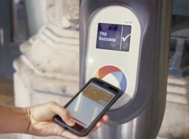 Toronto thí điểm thanh toán thẻ ngân hàng với giao thông công cộng - Máy in thẻ nhựa, máy dập nổi, đầu đọc thẻ nhựa