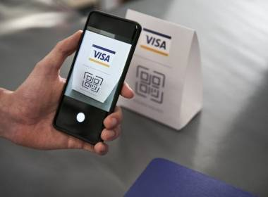Visa: Thanh toán tiền mặt tại Việt Nam giảm mạnh - Máy in thẻ nhựa, máy dập nổi, đầu đọc thẻ nhựa