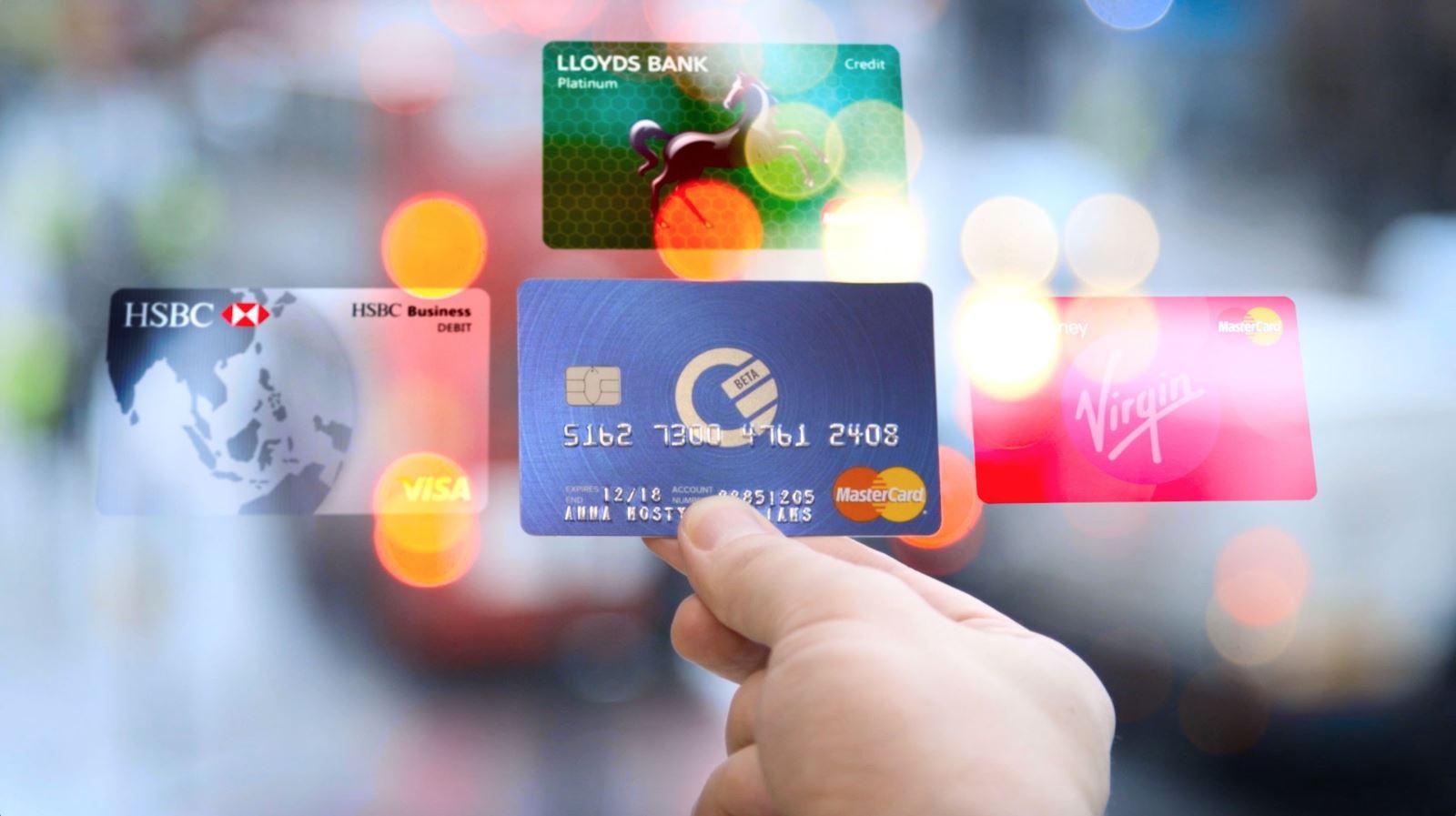 Kết quả hình ảnh cho thẻ ngân hàng trong bóp