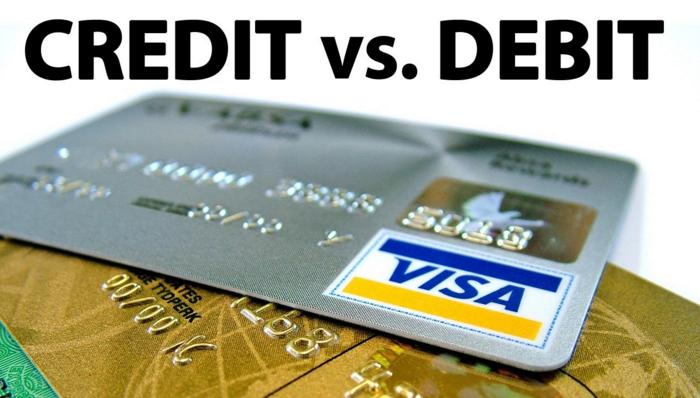 thẻ tín dụng credit card là gì và thẻ ghi nợ debit card là gì